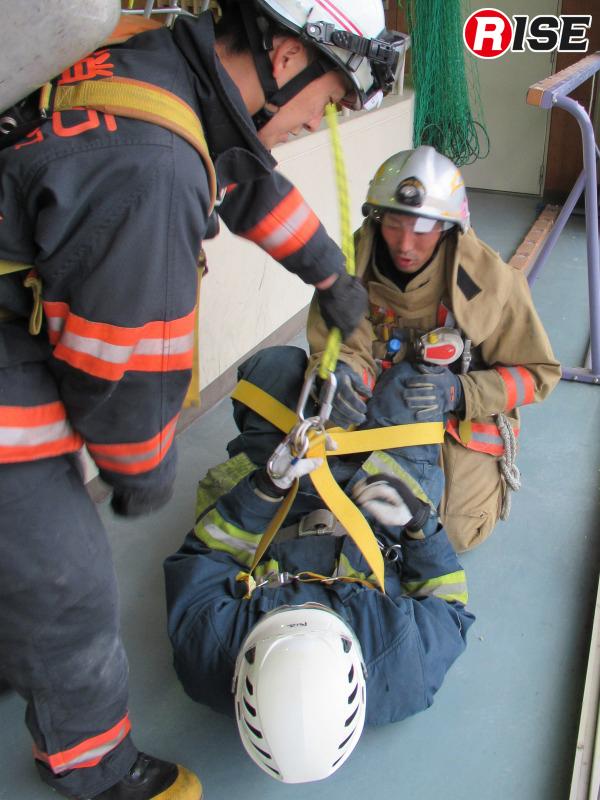 要救助者の苦痛緩和装備として現在ではおなじみの430縛帯。