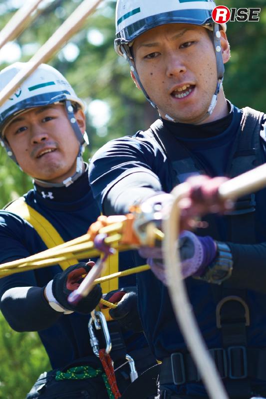 リセットしつつロープを引き救出する。