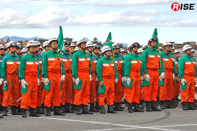 警視庁に10ある機動隊から計170名が集結。