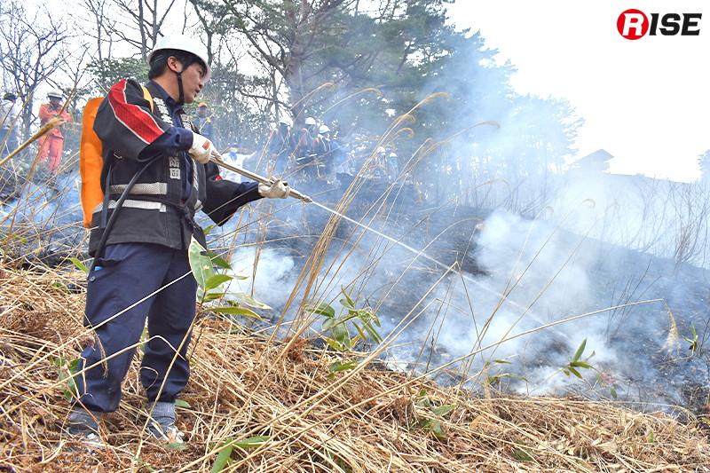 炎が防火帯まで到達すると消火する。