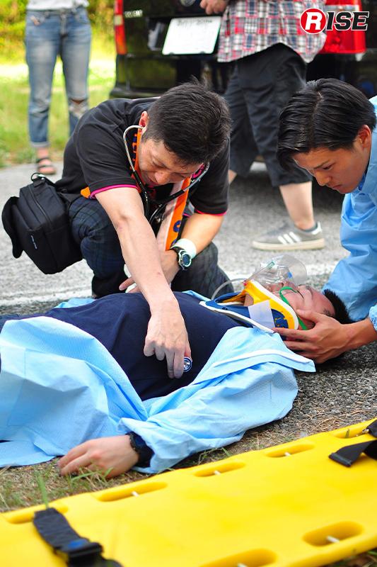 【交通事故シナリオ】 2次交通事故が発生し、活動中の警防隊員が負傷する。