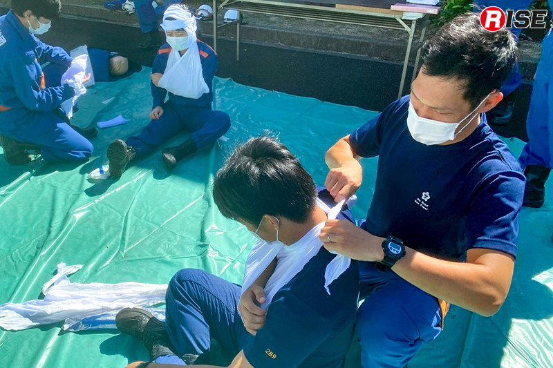 【豊明市/応急手当(トリアージ)】参加者同士の接触が密となる救急訓練はマスク着用と手指消毒を徹底して行った。