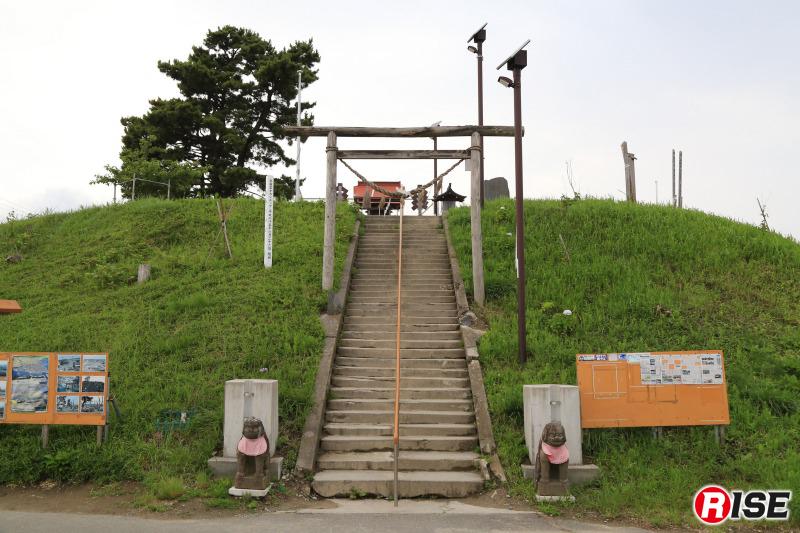 閖上地区一帯を見渡せる日和山。高台からは全方向、被災した状況を見渡せすことができる。