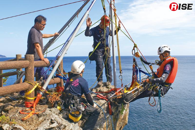 救出準備が整うとジャッジによるチェックが入り修正箇所が無ければ救出開始となる。