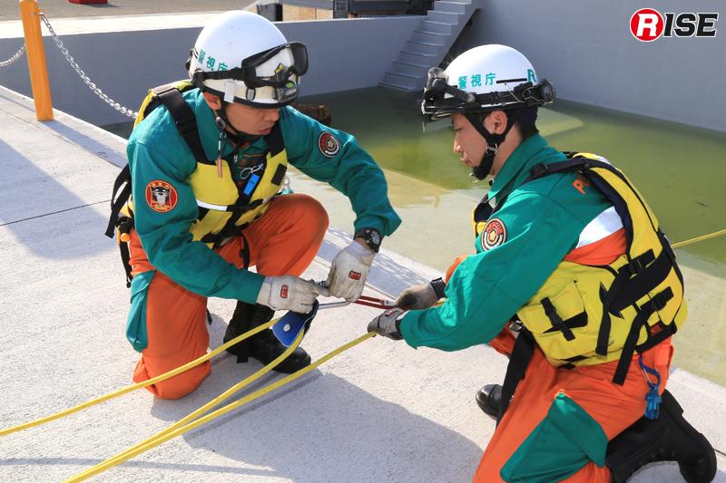 家屋に到達すると、救出側ではシステム変更を実施。