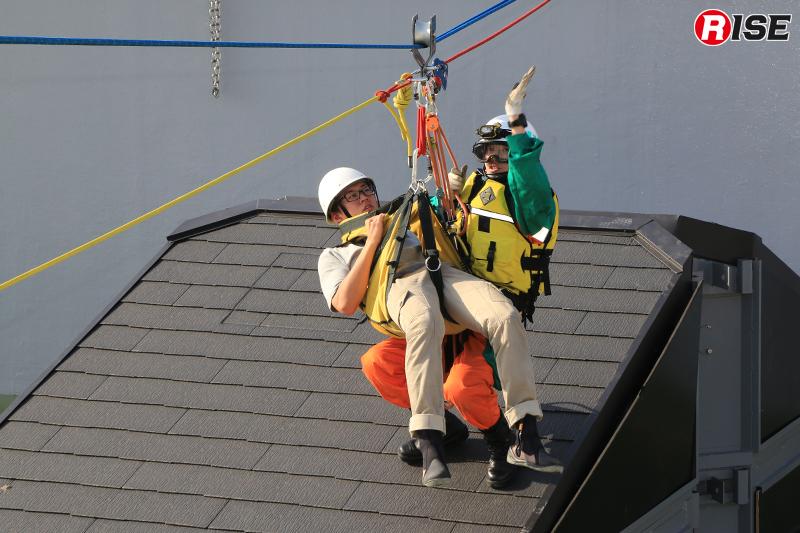 救出側での引き込みにより救出を実施。
