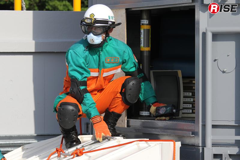 ガス検知器により内部の環境測定を継続的に実施。