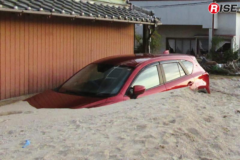 下流域では細かい土砂が堆積する。