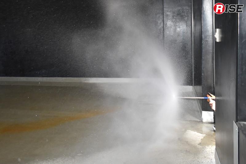 フォグネイルの「ディフェンス」ノズル。微細な水霧を広角で放つことができる。