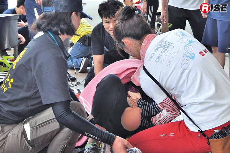 【周産期シナリオ】 すでに児頭が見えており、その場で分娩介助を行う。