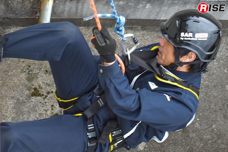 訓練には民間の自衛消防隊員も参加。