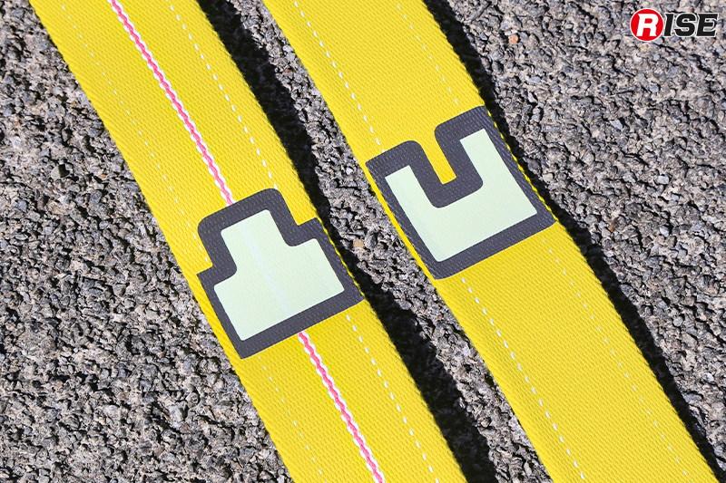 40mmホースはダブルジャケット仕様。分団別で色分けされており、方向性を示すマーキングも入れられている。