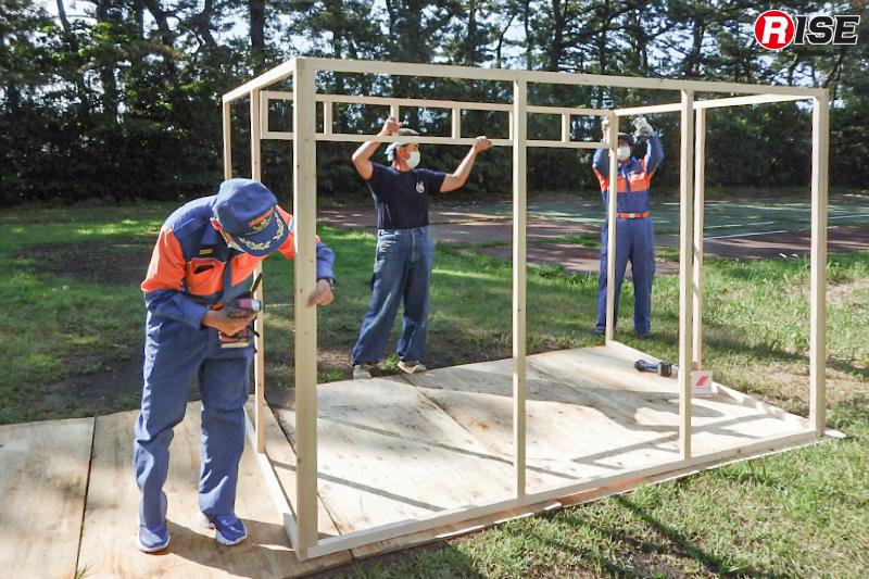 今回の訓練で使用した模擬家屋およびドールハウスはすべて消防団員による製作品。(写真提供:焼津市消防団)