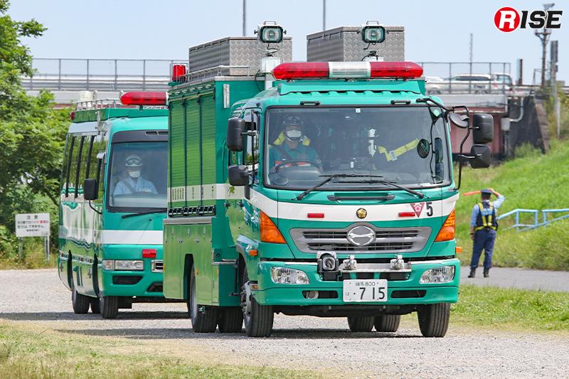 【多重衝突事故現場における道路啓開・救出救助訓練】機動救助隊の機動救助車も現場に到着。