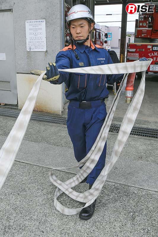 引き込みと同時にコイル巻きを作成する方法。